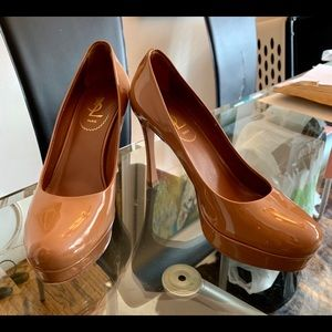 Auth YSL Yves Saint Laurent Nude Patent Platforms